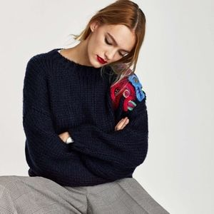 Zara Oversized Embroidered Chunky sz S ✨